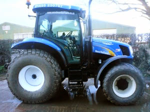 woodward-turfcare-tractor-driver-hire-TS100a.jpg